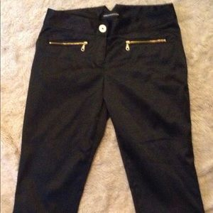 Express black satin fell Capri skinny pants size 2
